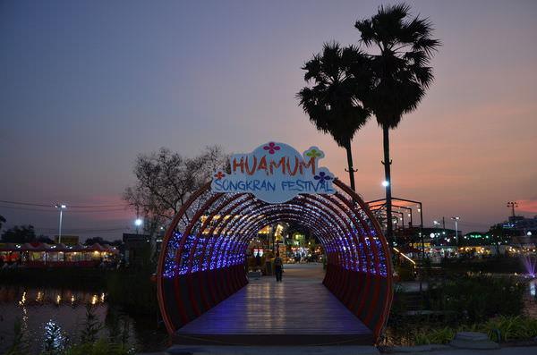 讓你超放鬆又超好逛的Local新夜市-Hua Mum (Hua moom) Market & More 轉角夜市(華馬夜市)