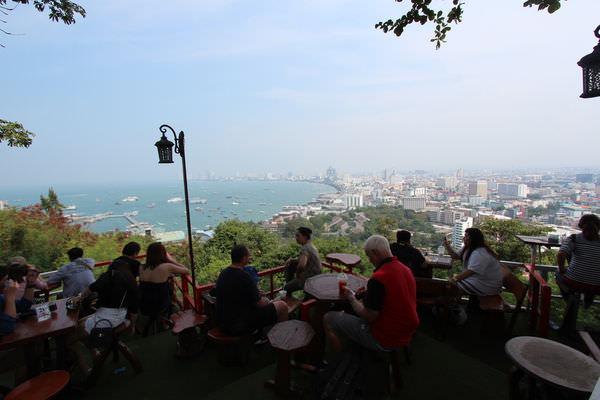 【芭達雅】能把整個芭達雅海灣盡收眼底的 Coffee Break 咖啡店